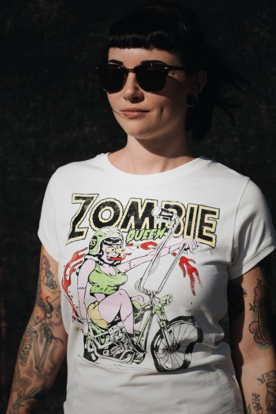 Wide Fit T-Shirt mit Artwork Print »Zombie Queen«